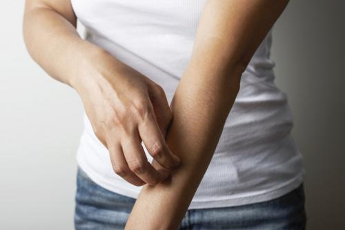 uriage-eczema-application-produits